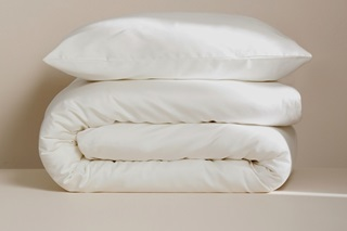 Picture of Ivory duvet cover sateen